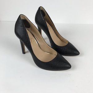 Jessica Simpson faux leather snake print heel sz 6